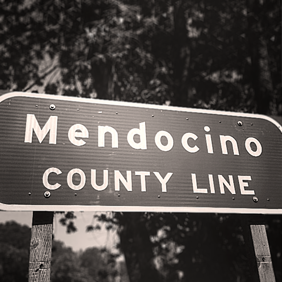 mendocino county line sign